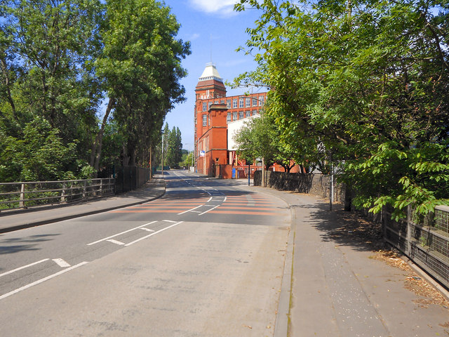 Clarence Bridge, Roy Mill