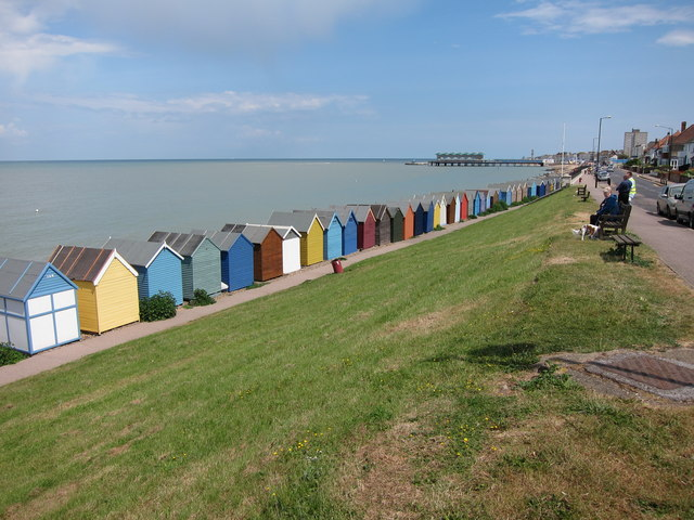 herne bay beach huts and pier oast house archive. Black Bedroom Furniture Sets. Home Design Ideas