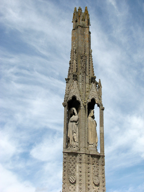 Geddington Eleanor Cross - detail
