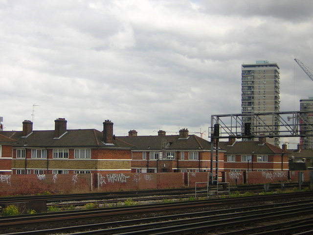 Arnold Estate, Bermondsey, from the train