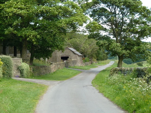 Harewood Road towards Cathole Farm