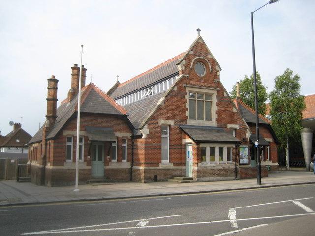 Stanmore: Bernays Hall