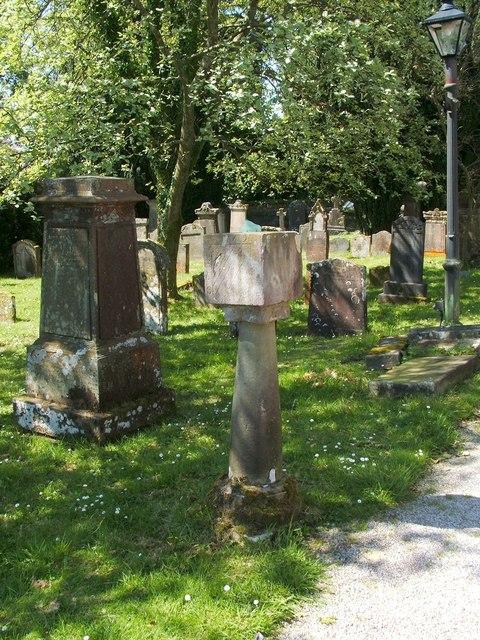 Sundial beside Rhu Parish Church