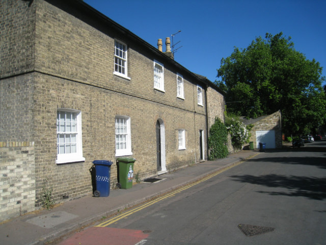Houses in Gresham Road