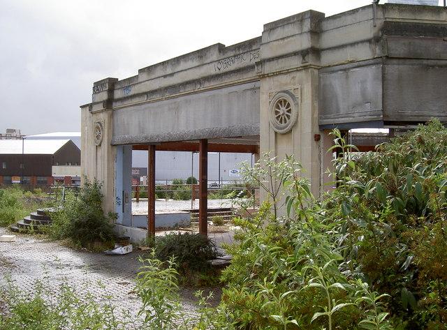 Former Mercedes-Benz garage, Winterstoke Road