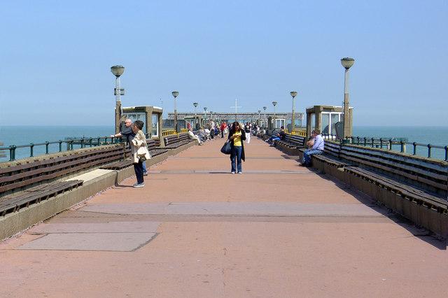Along the Pier, Deal