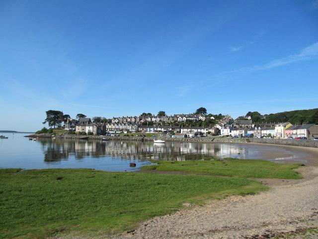 Borth-y-Gest harbour