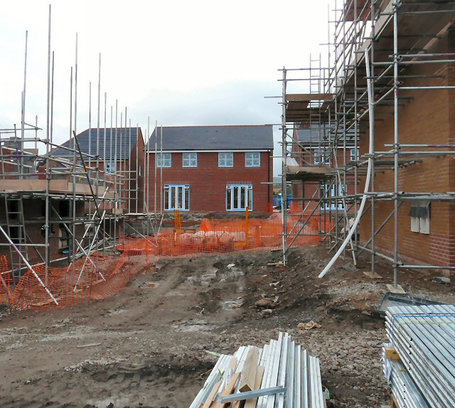 New houses on site of Hyde Mill