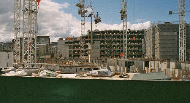 construction of the scottish parliament     u00a9 p l chadwick