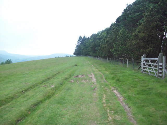 Bridleway Skirting Hagg Side