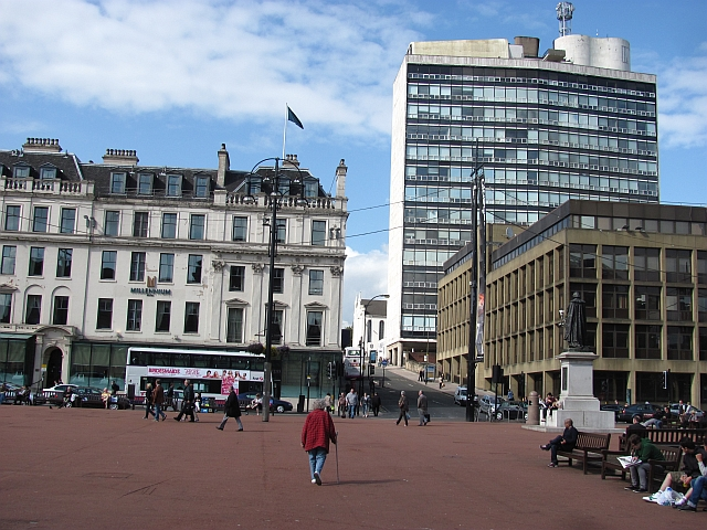 George Square 169 Richard Webb Geograph Britain And Ireland