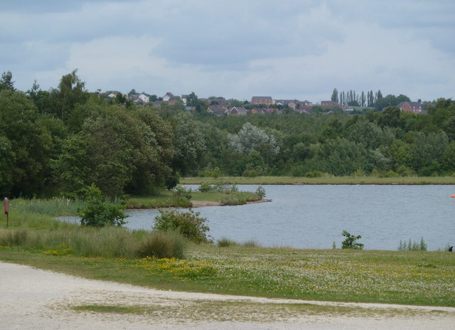 By the northern lake in Rother Valley Country Park