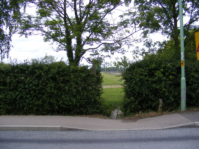 Footpath to Charnwood Mill