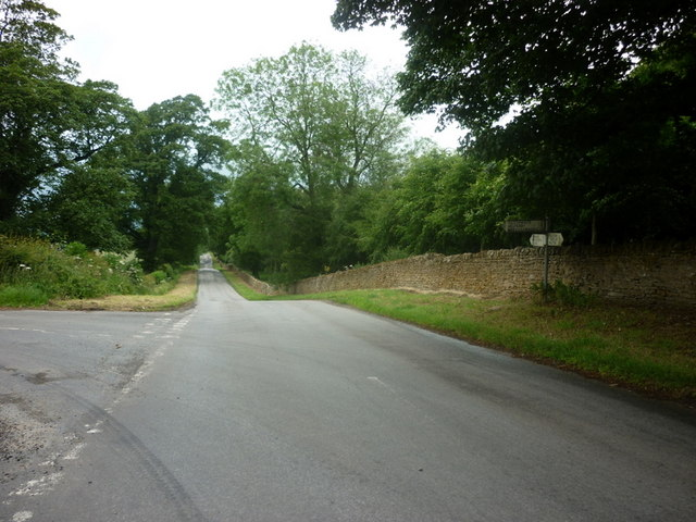Heading north towards Newburgh Priory