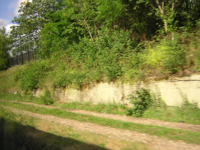 Former line to goods yard, Wandsworth Common, from the train