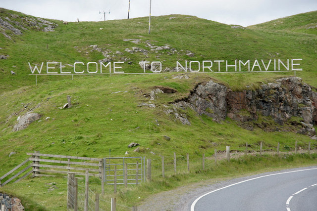 Welcome to Northmavine sign at Mavis Grind