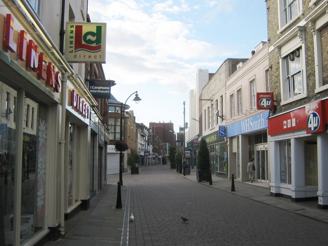 All quiet on Week Street