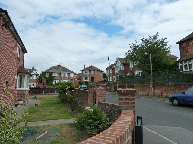 Looking from Church Road into Longmore Crescent
