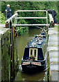 SJ8839 : Entering Trentham Lock, Staffordshire by Roger  Kidd