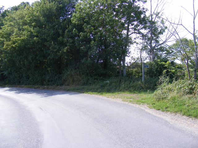 Kettleburgh Road & footpath to Lampardbrook Farm