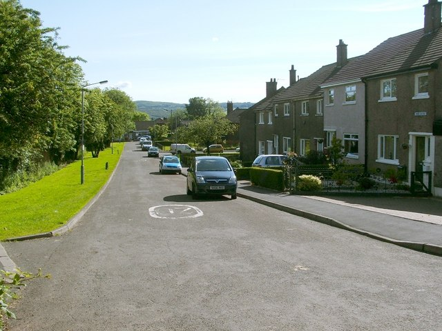 Third Avenue, Dumbarton