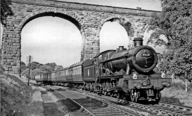Birmingham - Cardiff express running under the Severn & Wye line by Severn Bridge station