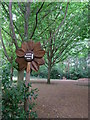 TL5361 : Direction sign-Sunflower by Liz Stone