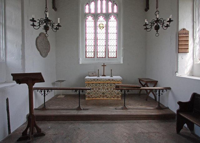 St Mary Magdalene, Caldecote - Sanctuary