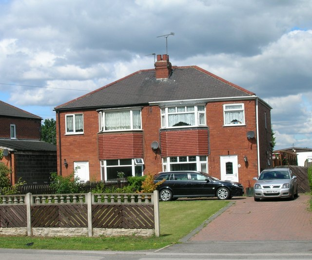 Houses on Weeland Road, Kellingley