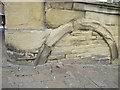SE0925 : Bench mark and arch at The Piece Hall by John S Turner