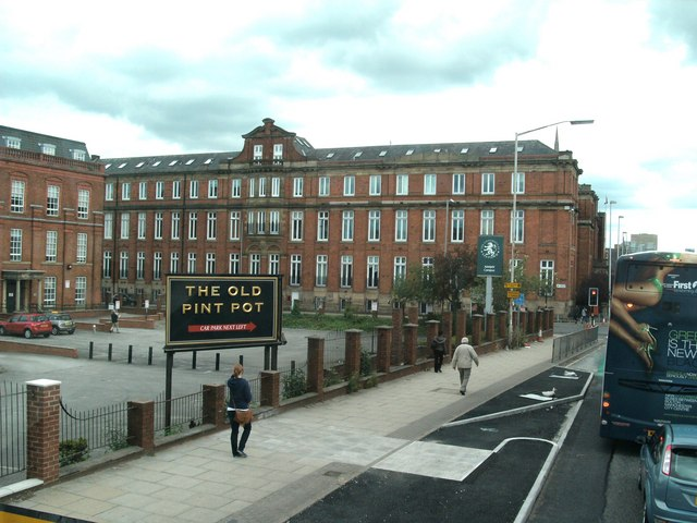 the adelphi campus of the university of     u00a9 raymond knapman    geograph britain and ireland