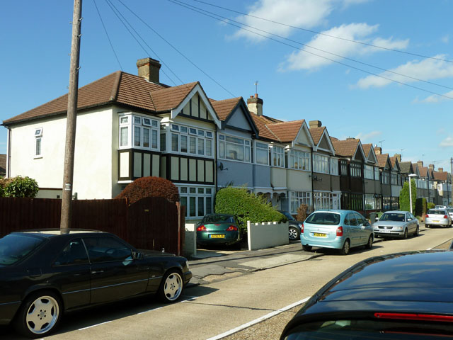Many windowed houses, Gray Avenue