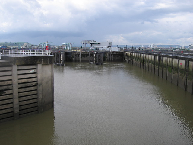 Locks in Cardiff bay barrage