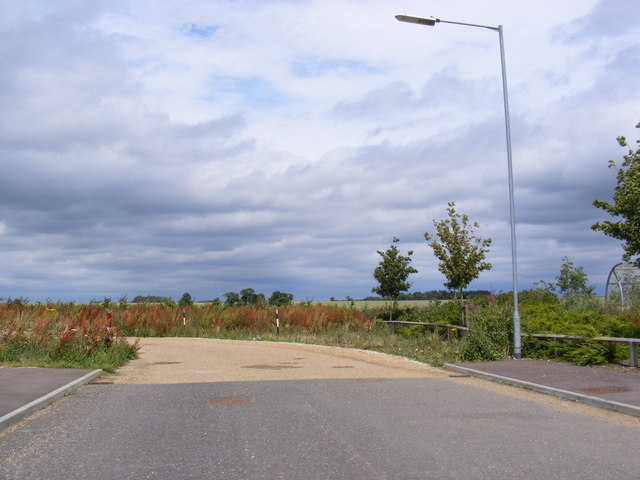 The end of Sterling Way & entrance to the Car Park