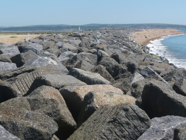 Milford on Sea: the boulders of Hurst Spit