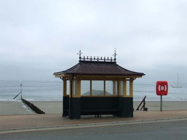 Seafront shelter, Shanklin Esplanade
