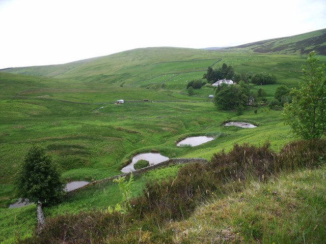 Fish ponds near glenlude astrid h geograph britain for Ponds to fish in near me