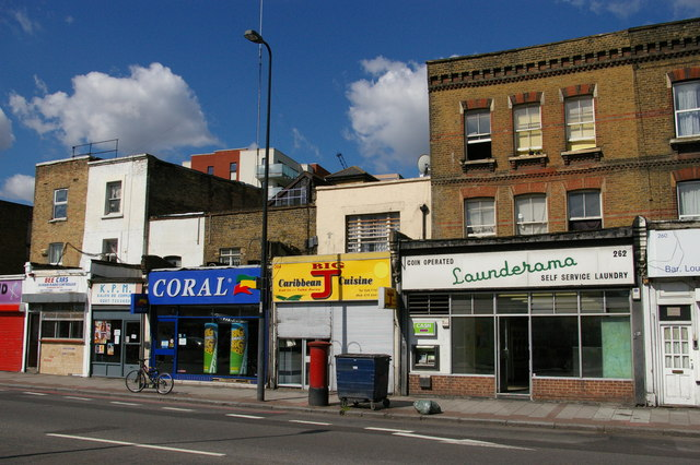 Shops and launderette on Brixton Road