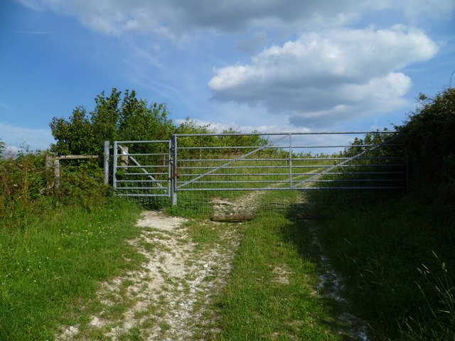 Gate on bridleway north of The Burgh (1)