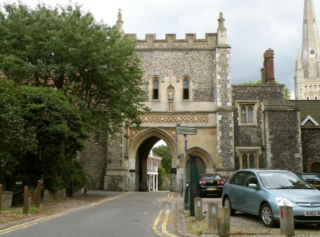 Bishop's Gate - entrance to the Bishop's Palace
