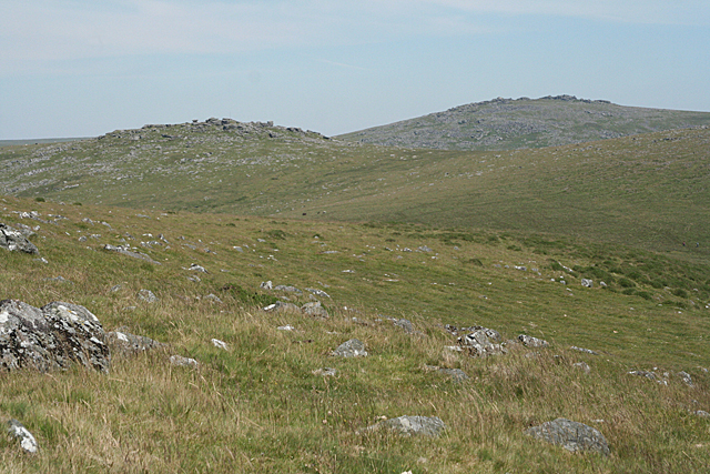 Peter Tavy: Roos Tor from Cox Tor
