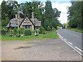 SP9018 : Cheddington Lodge by Oast House Archive
