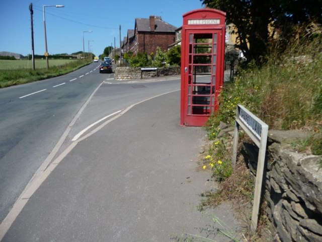 Phone box near Springfield Terrace