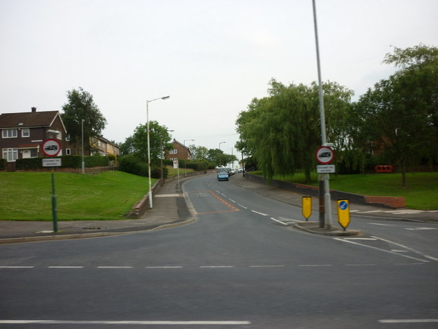 Hattersley Road West, from Mottram Road