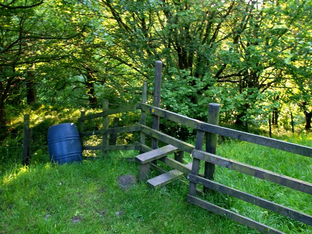 Stile to Limes Wood Sandal Holme Farm