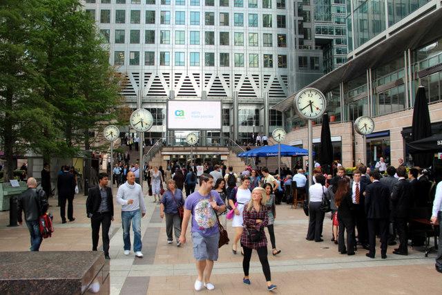 clocks canada square canary wharf 169 christine