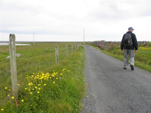 Country road, Tory Island