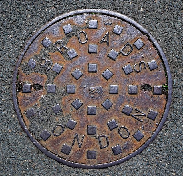 manhole cover  belfast  u00a9 rossographer    geograph ireland