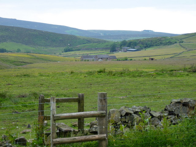 Footpath down to Wilson Knowl