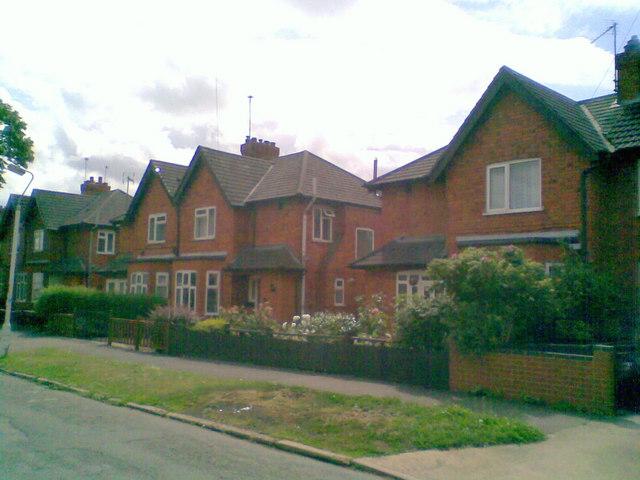 Lindsay Avenue
